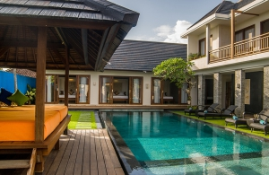 Villa Kirgeo, Berawa - Pool and bale